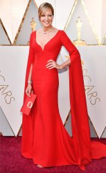 Allison Janney - WHAT A DRESS. I have no other words except that she looks absolutely stunning.