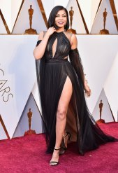 Taraji P. Henderson - Now this outfit is BEAUTIFUL and she just slays on the catwalk!